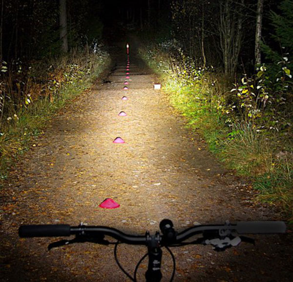 What's the difference between bicycle lamp and flashlight