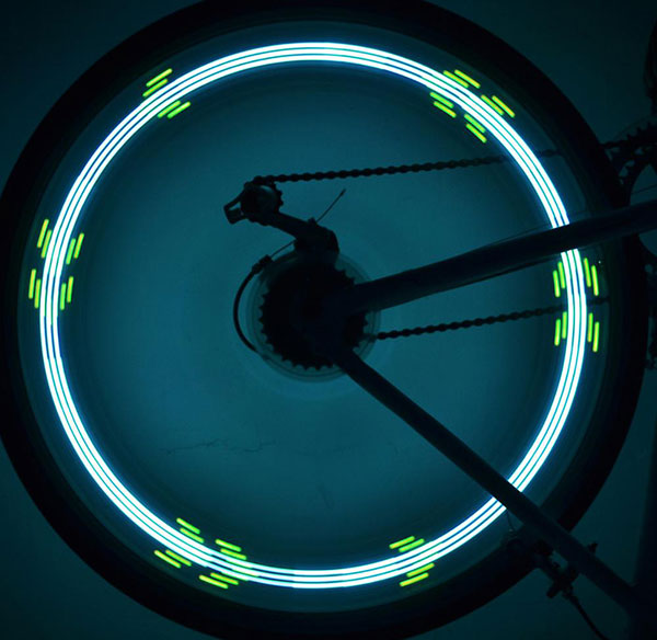 Bicycle fire wheel light
